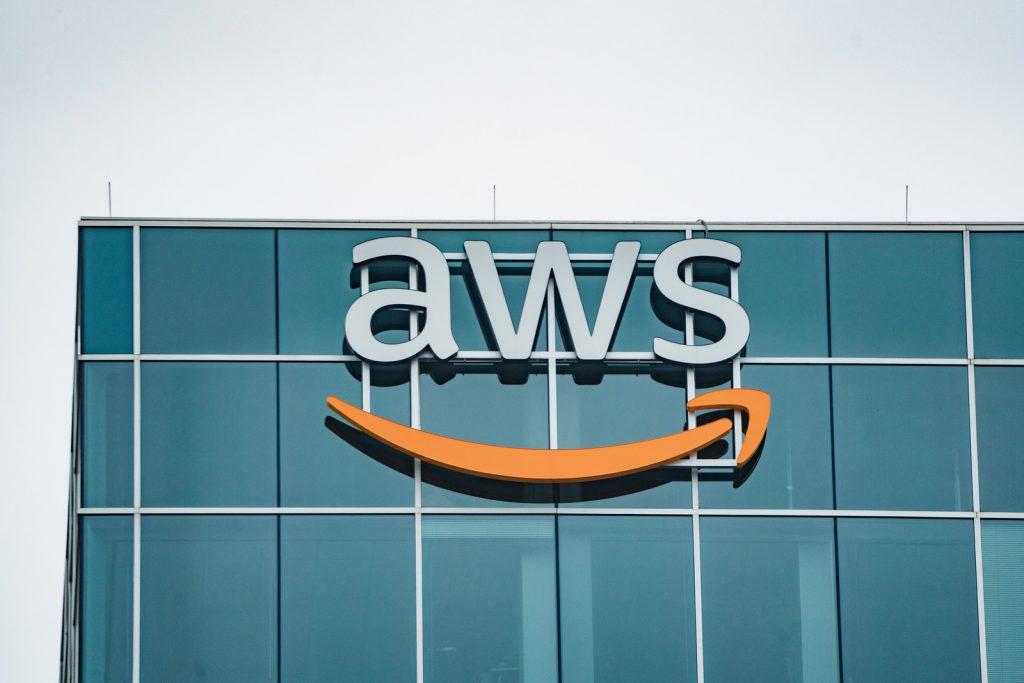 Amazon Web Service vs Microsoft Azure vs Google Cloud